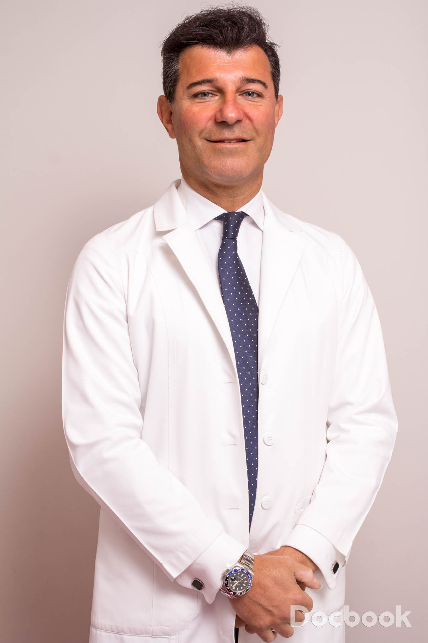 Dr. Djavan Bob