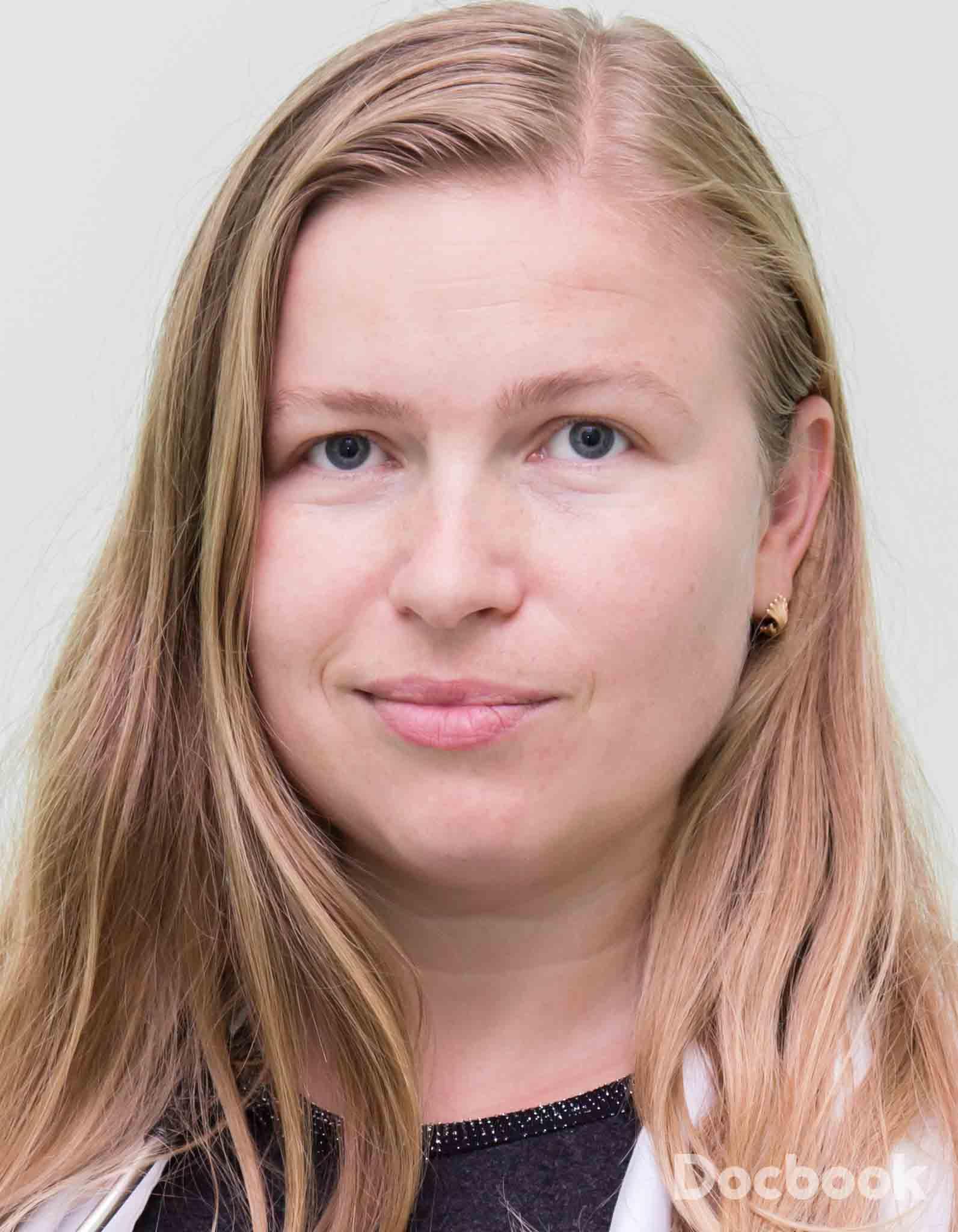 Dr. Adriana Tanase