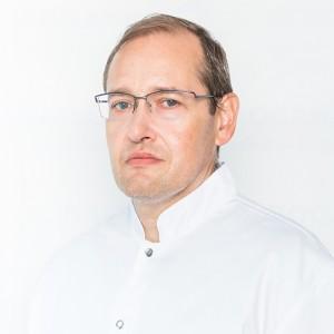 Dr. Eduard Dan Ovricenco