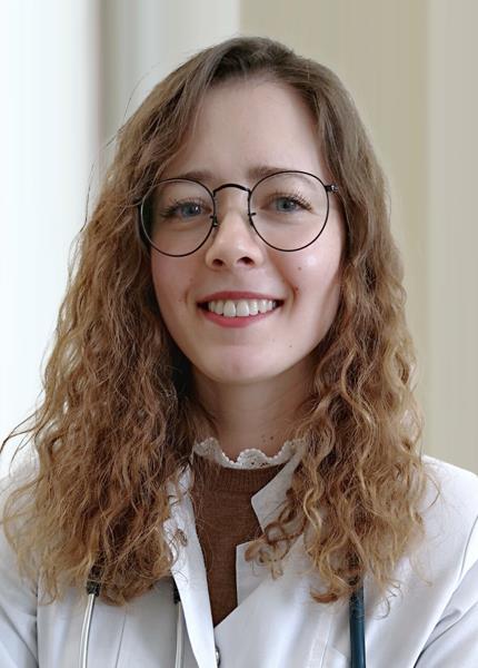 Dr. Amalia Ghergu