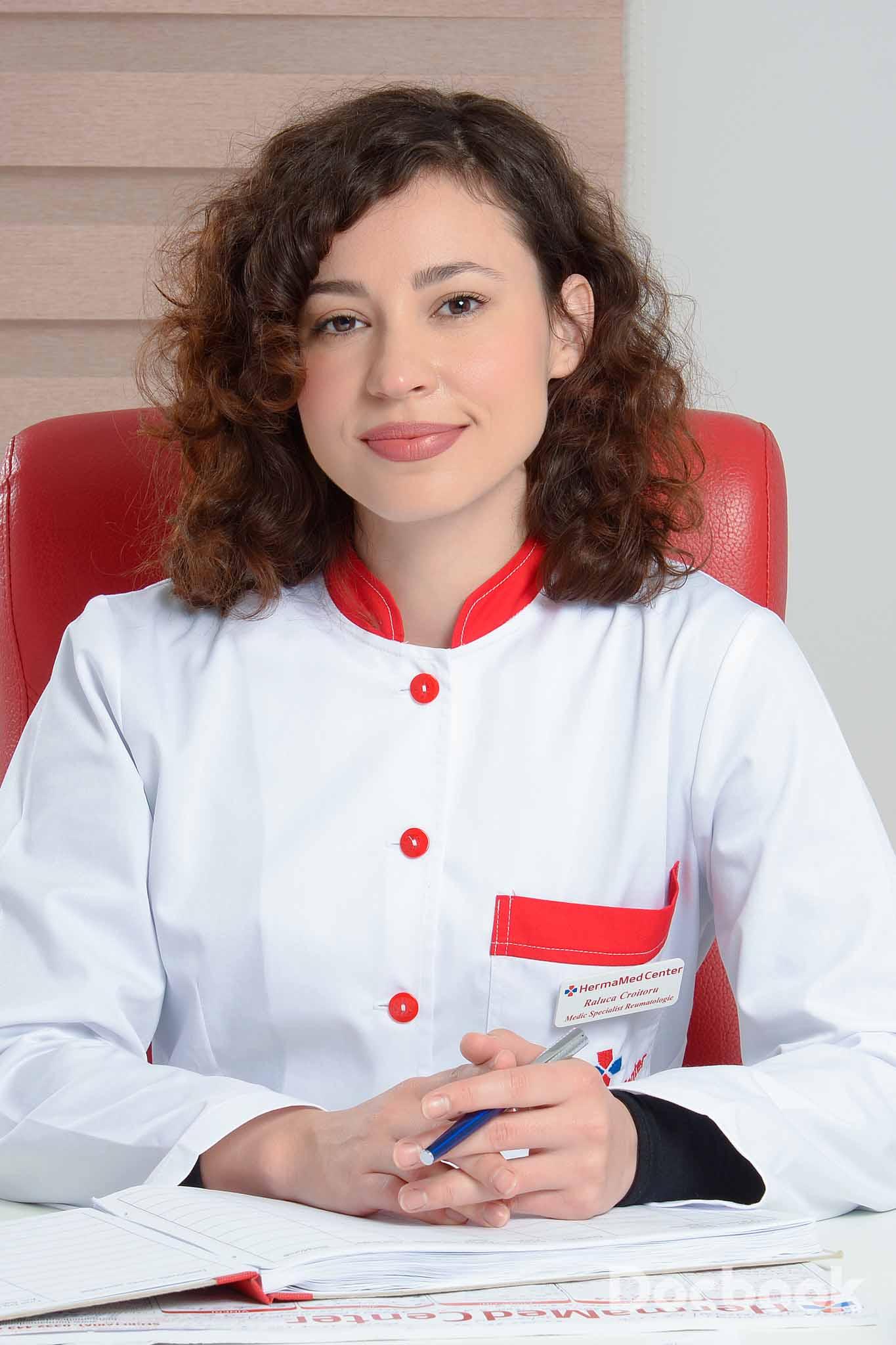 Dr. Raluca Croitoru