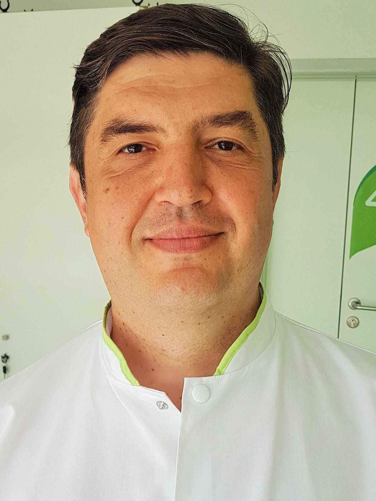 Dr.  Teodorescu Iustinian Horatiu