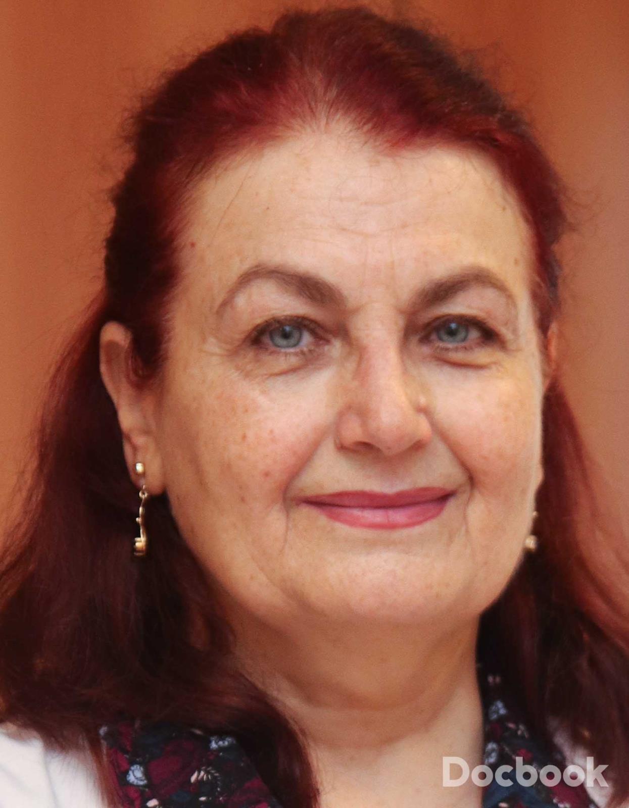 Dr. Adriana Jicman