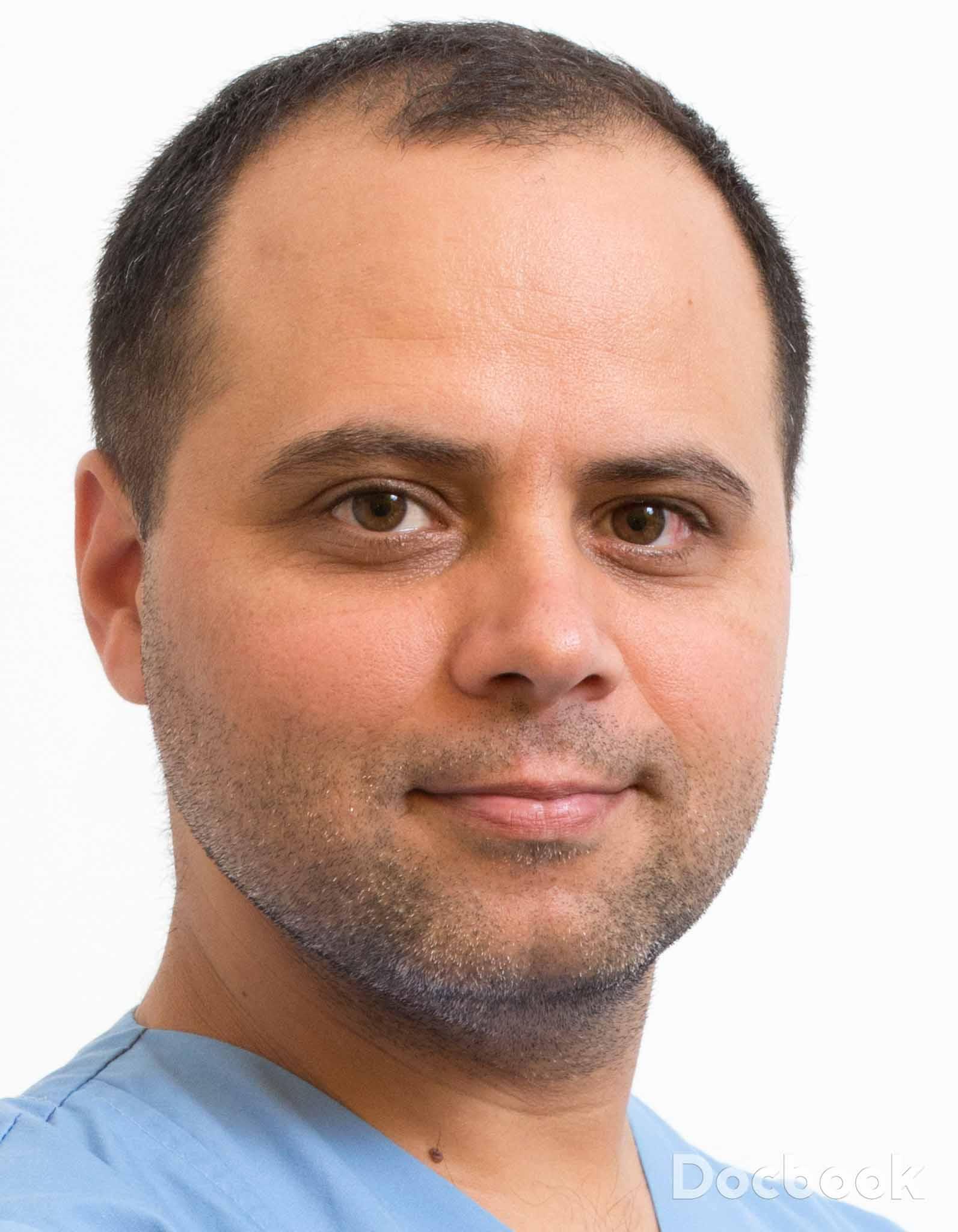 Dr. Marius Mandroc