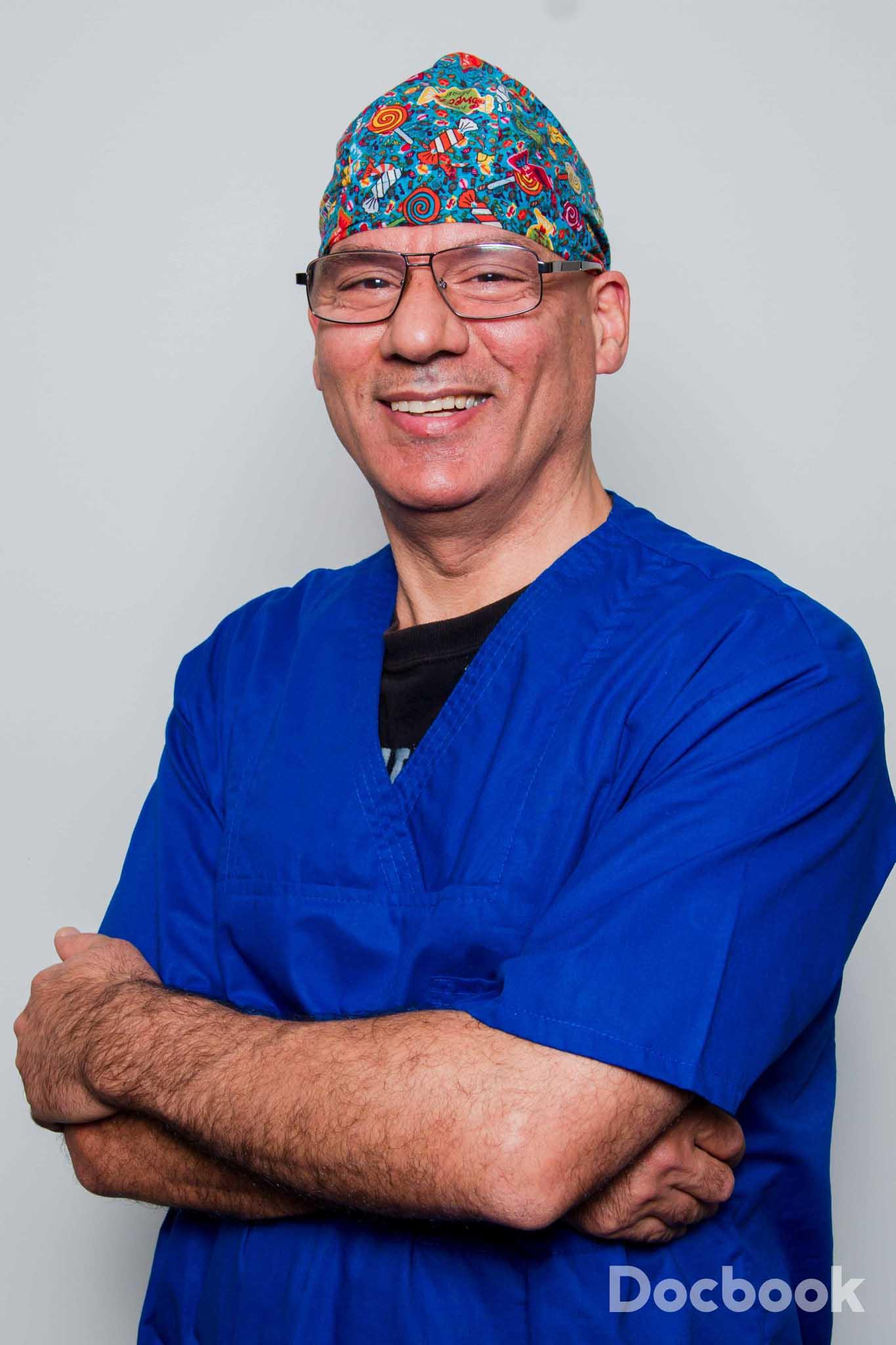Dr. Feri Nicnami