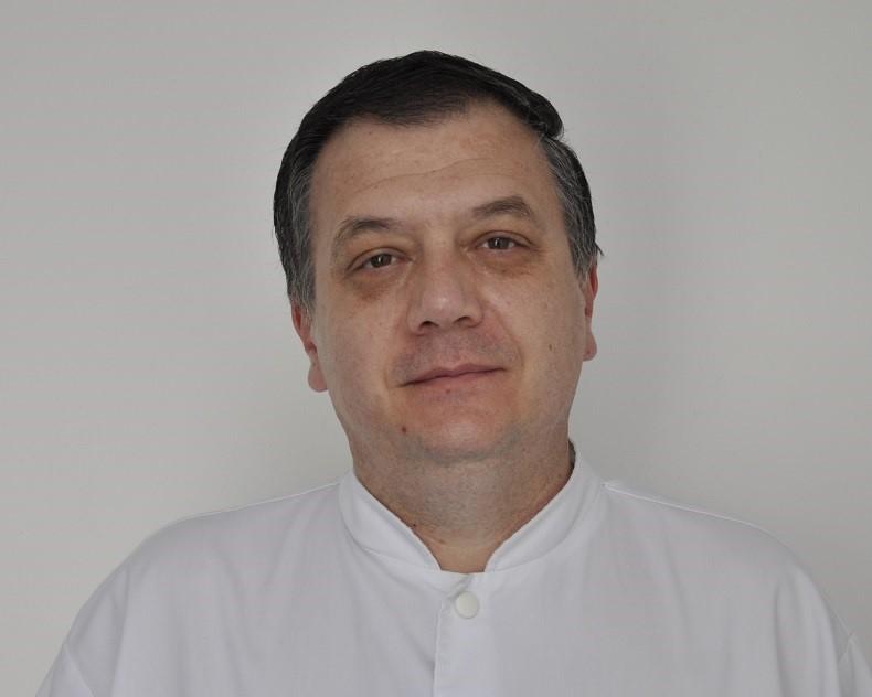Dr. Liviu Pipos