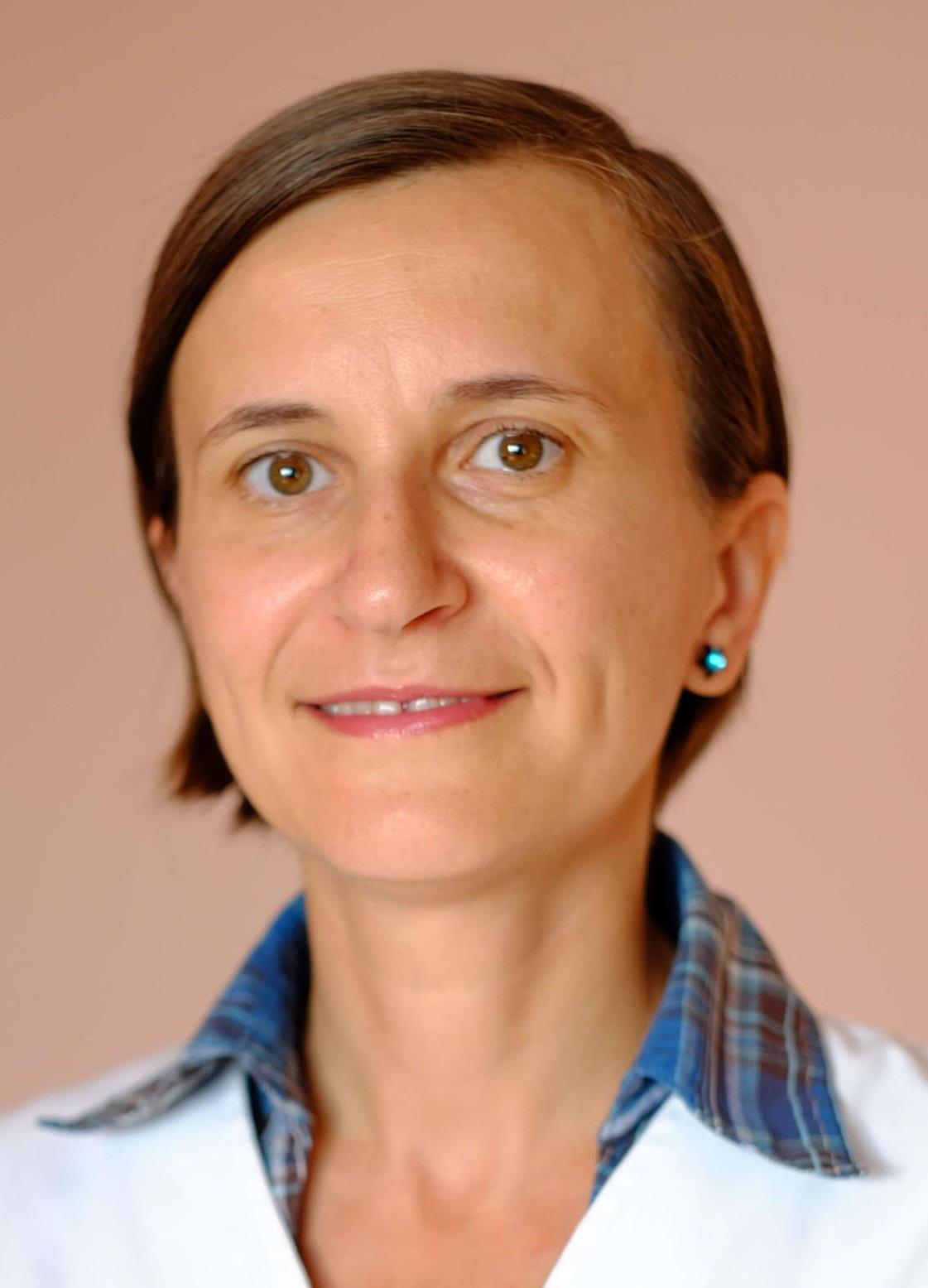 Dr. Simona Man