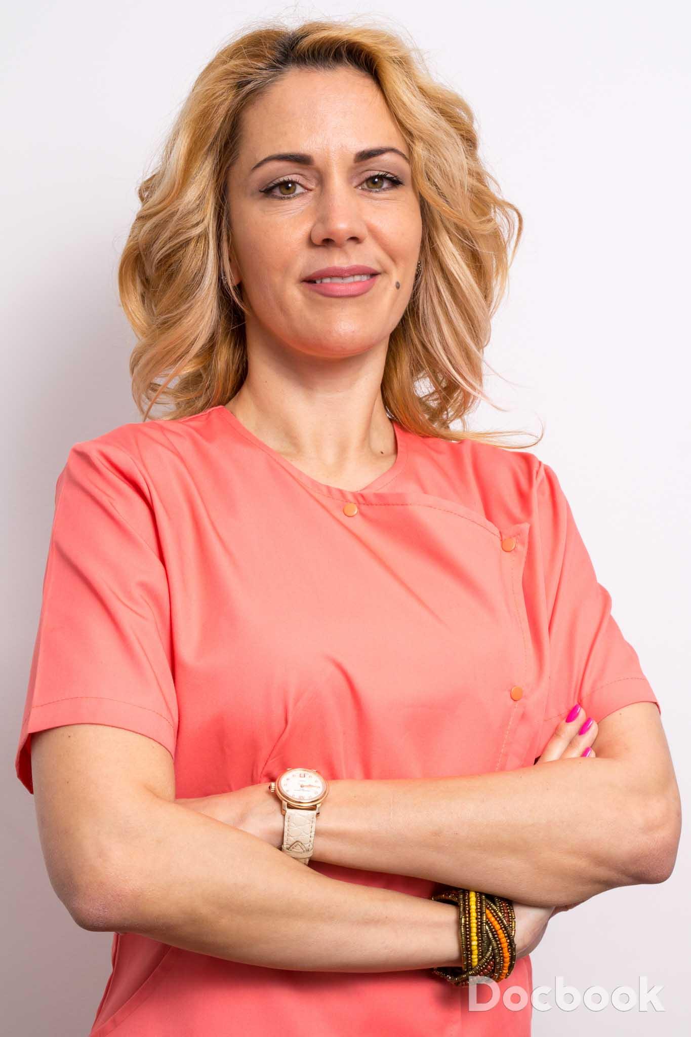 Dr. Cristina Popescu