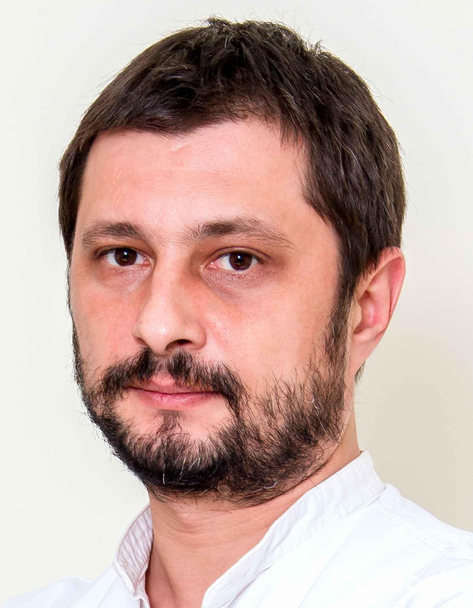 Dr. Dan Dumitrascu