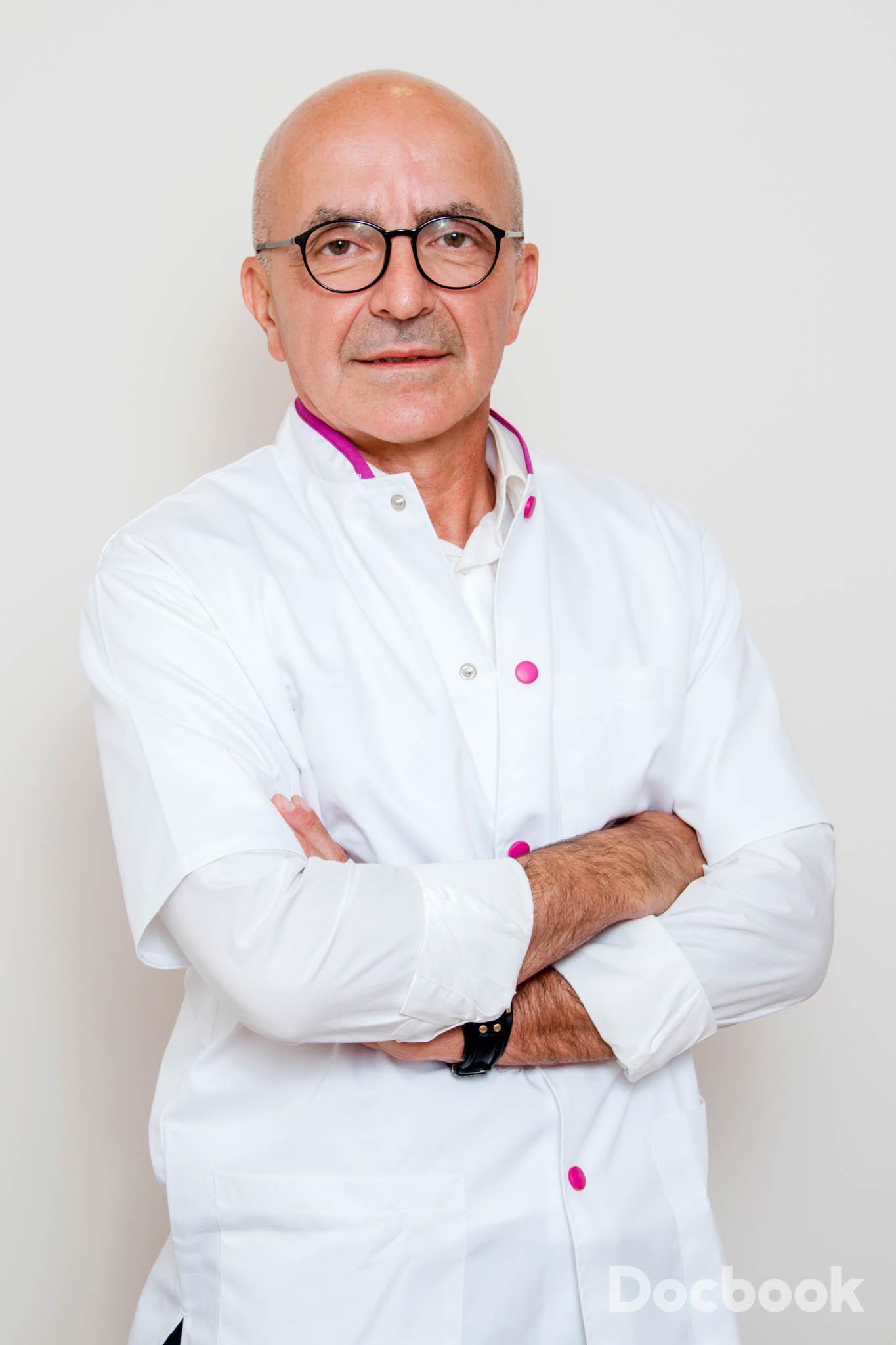 Dr. Mircea Schmidt