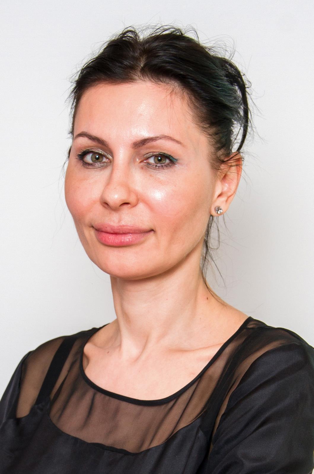 Dr. Gabriela Popescu