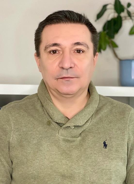 Dr. Simu Rares Mihai