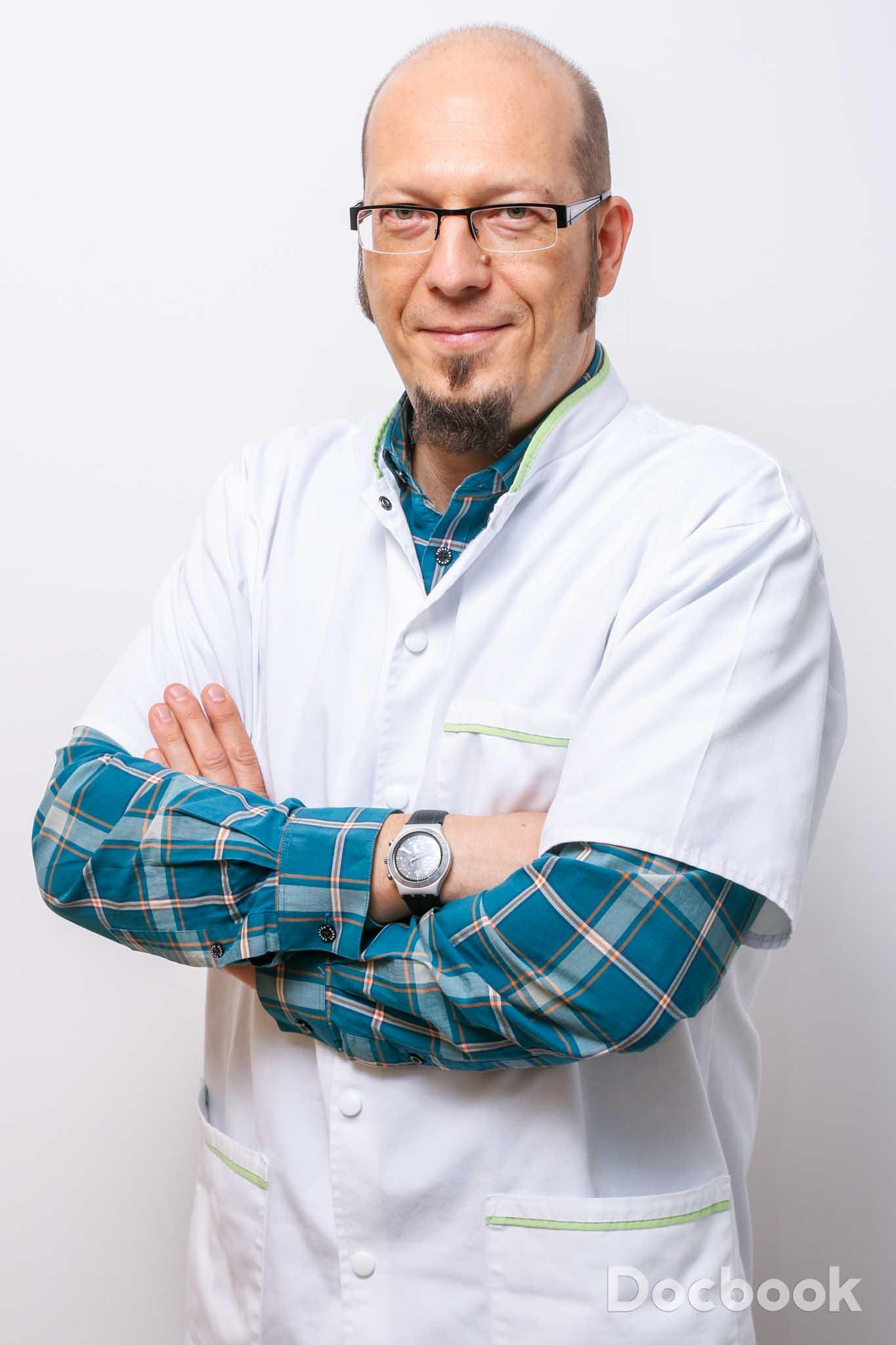 Dr.  Ionita Cristian