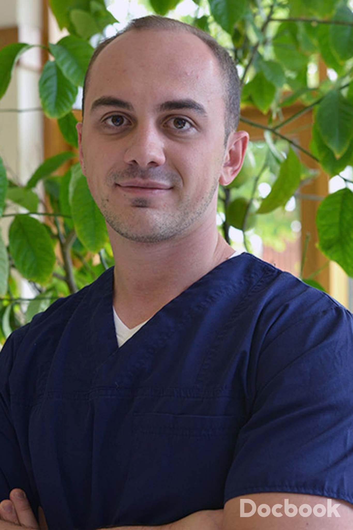 Dr. Adrian Muresan