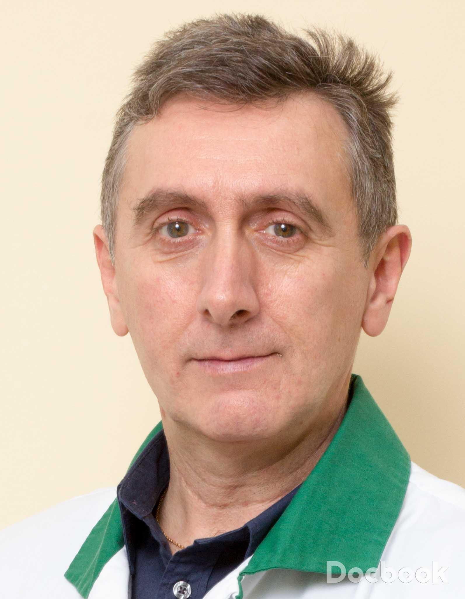 Dr. Uscatu Marius