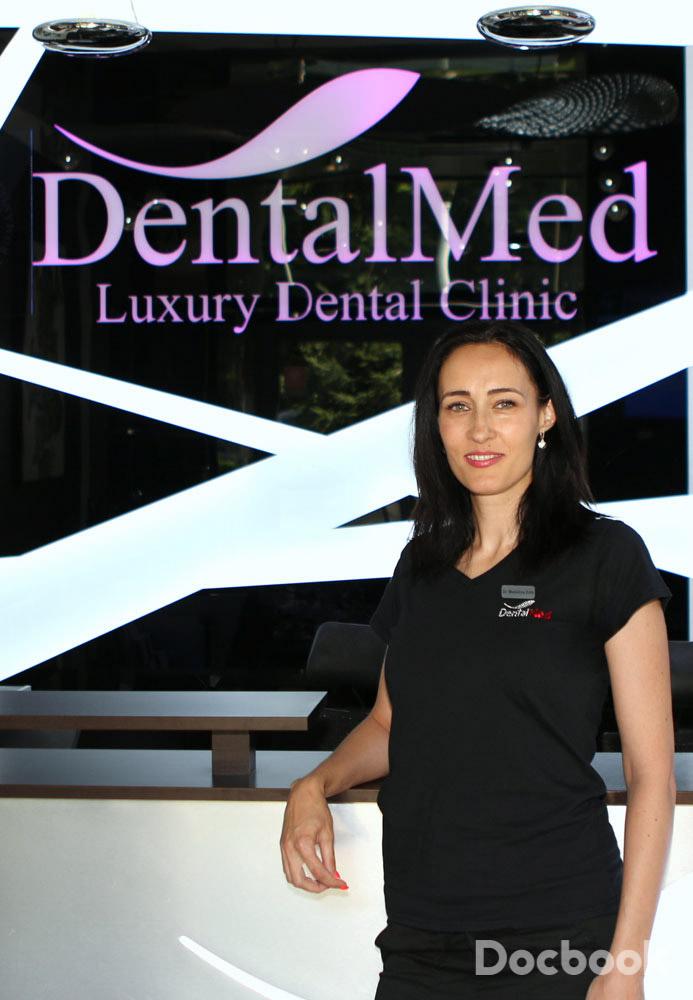 Dr. Madalina Zota