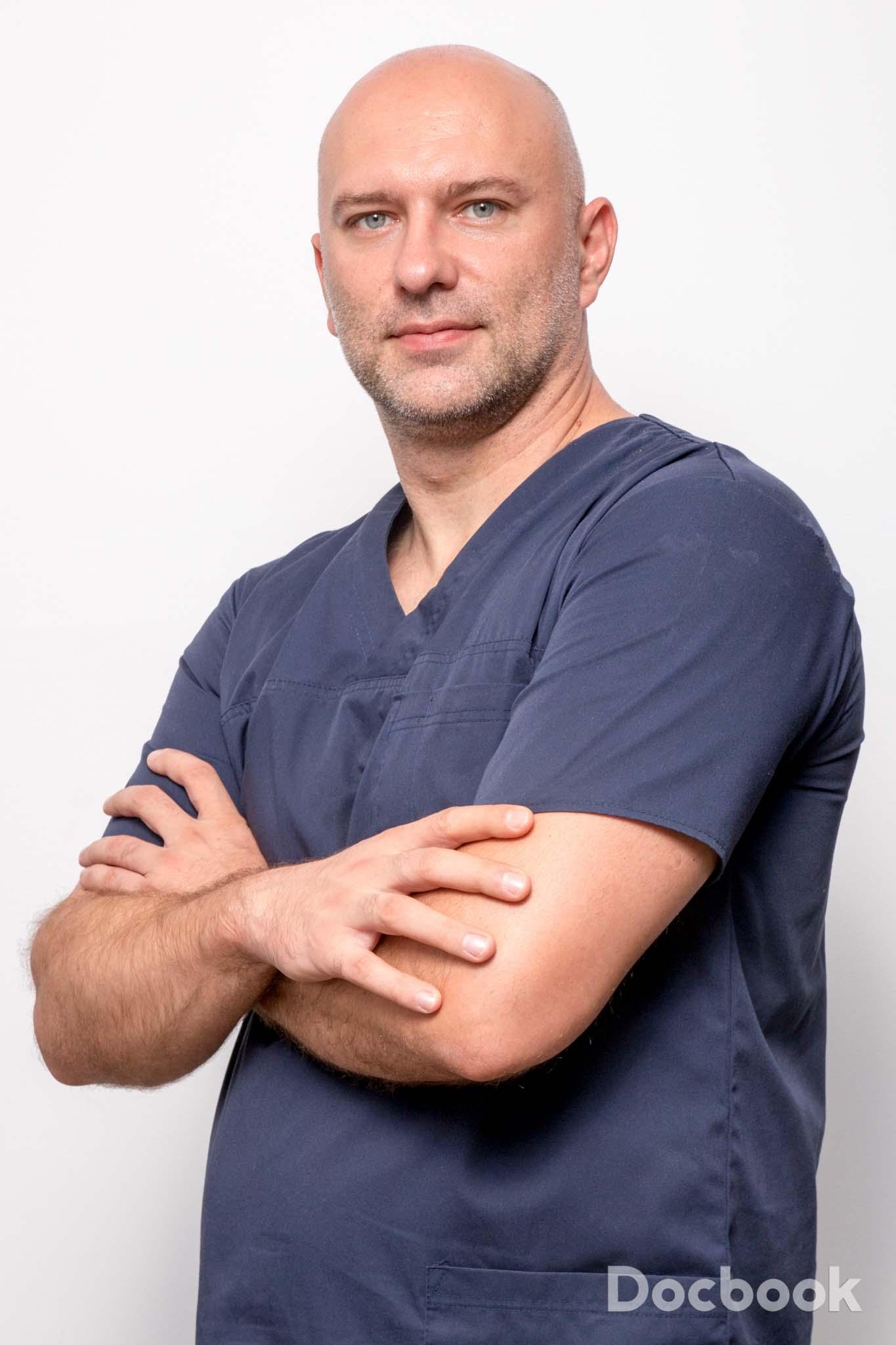 Dr. Lucian Stan
