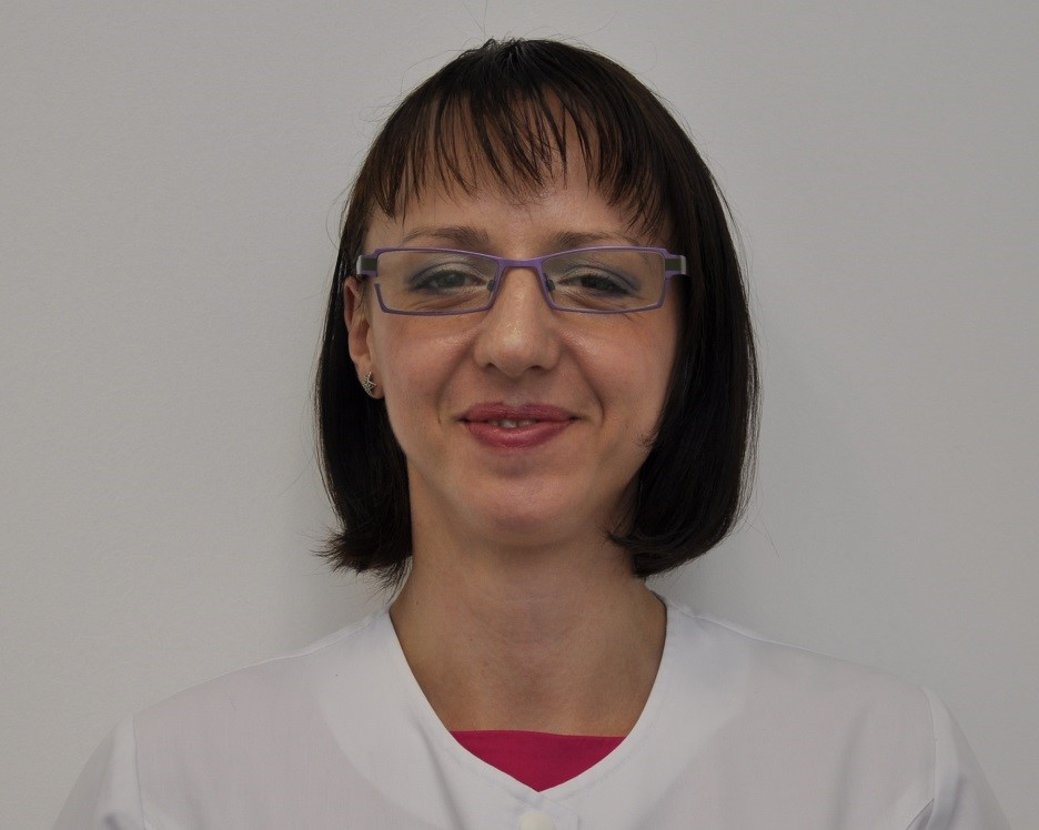 Dr. Claudia Haralambie