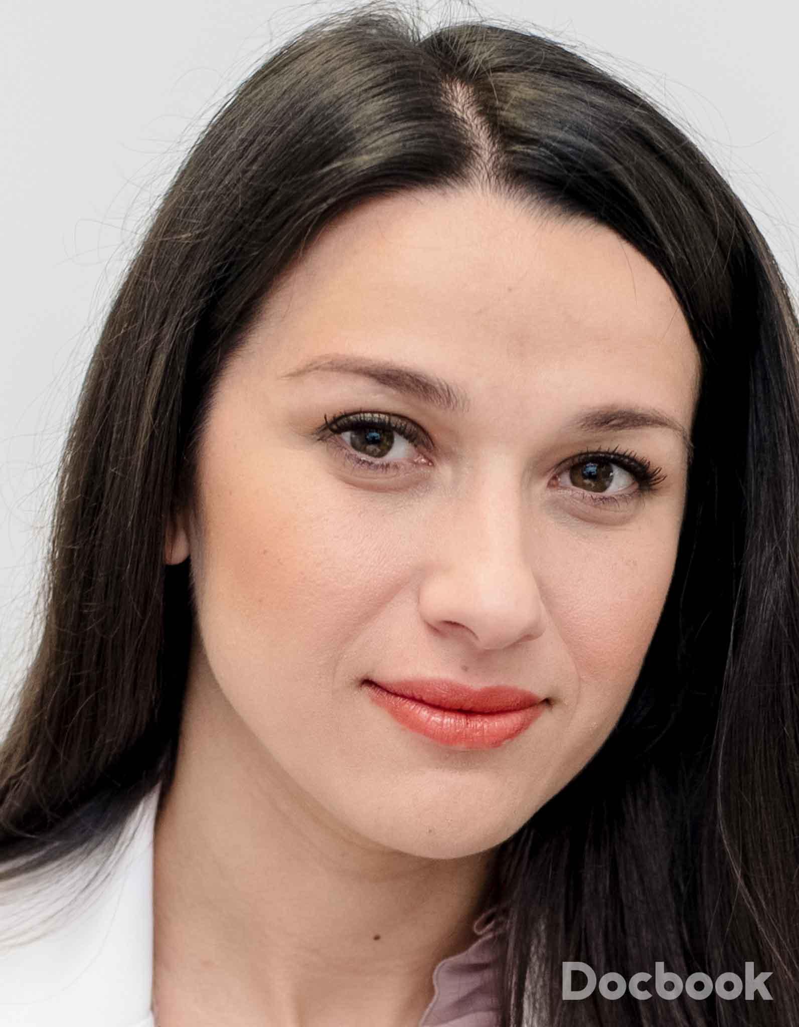 Dr. Andreea Borz
