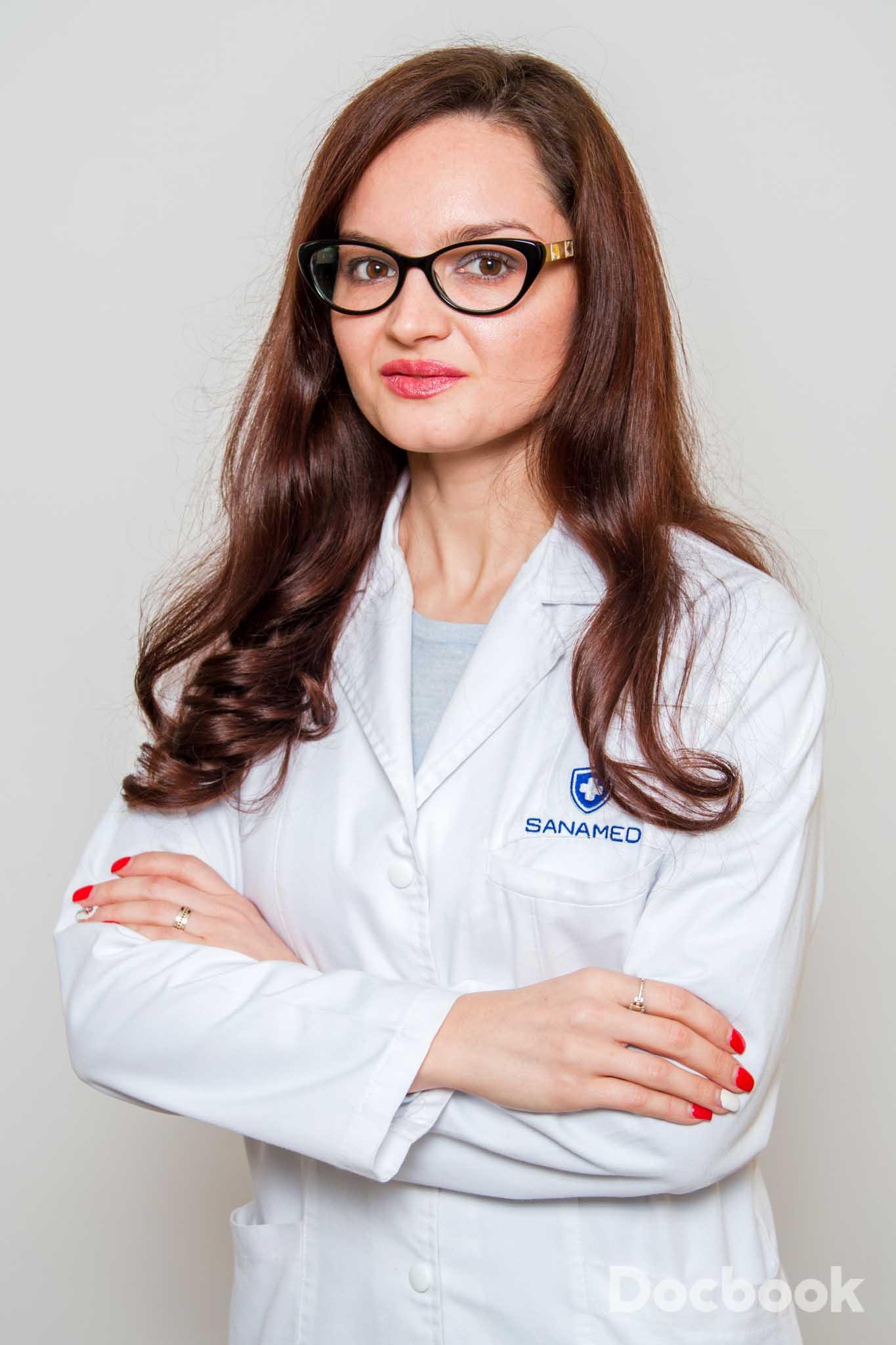 Dr. Iulia Pascu