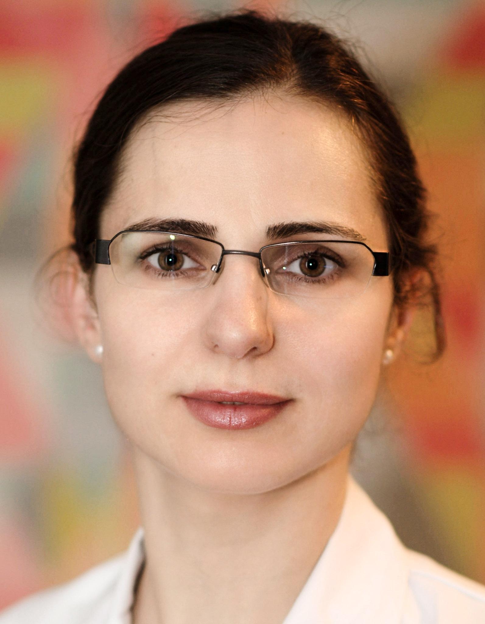 Dr. Florica Tomesc