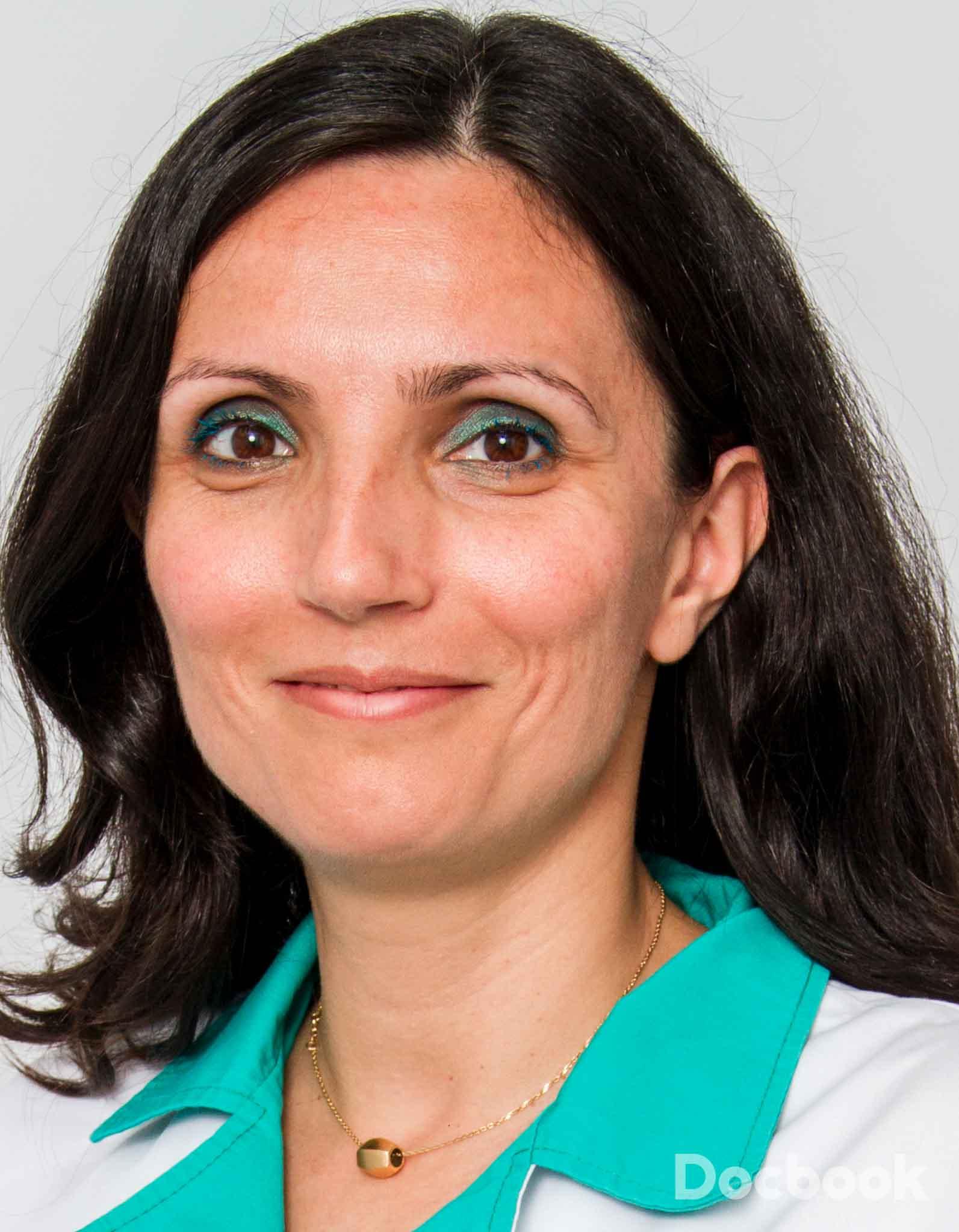 Dr. Roxana Siliste
