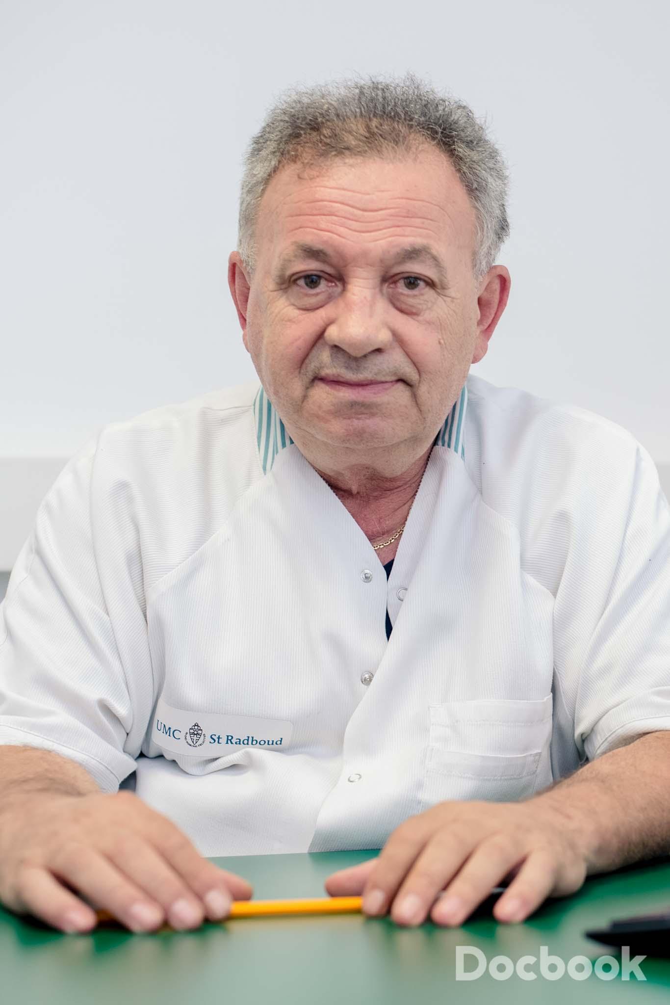 Dr. Gheorghe Bozdog