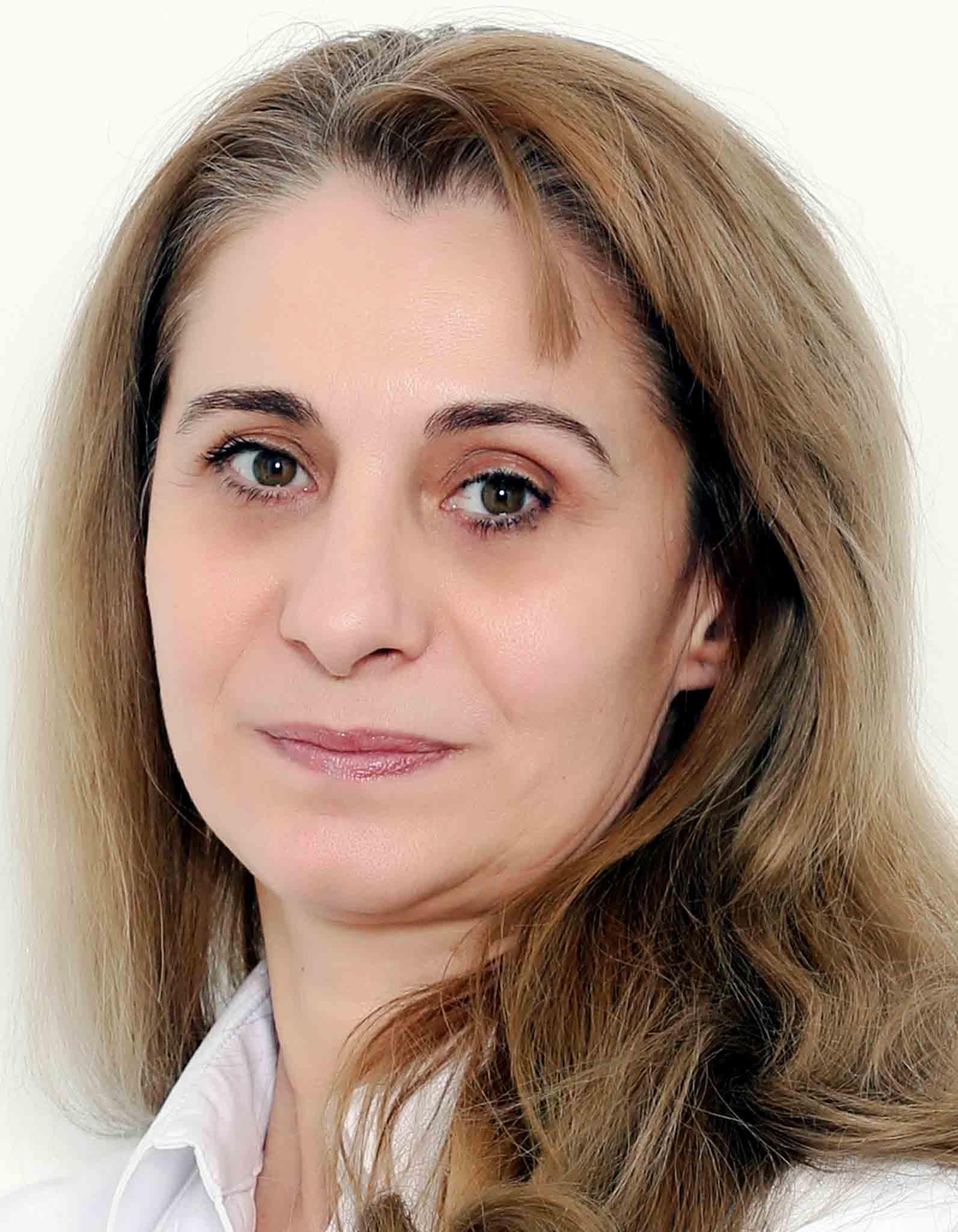 Dr.  Stoica Adina-Liliana