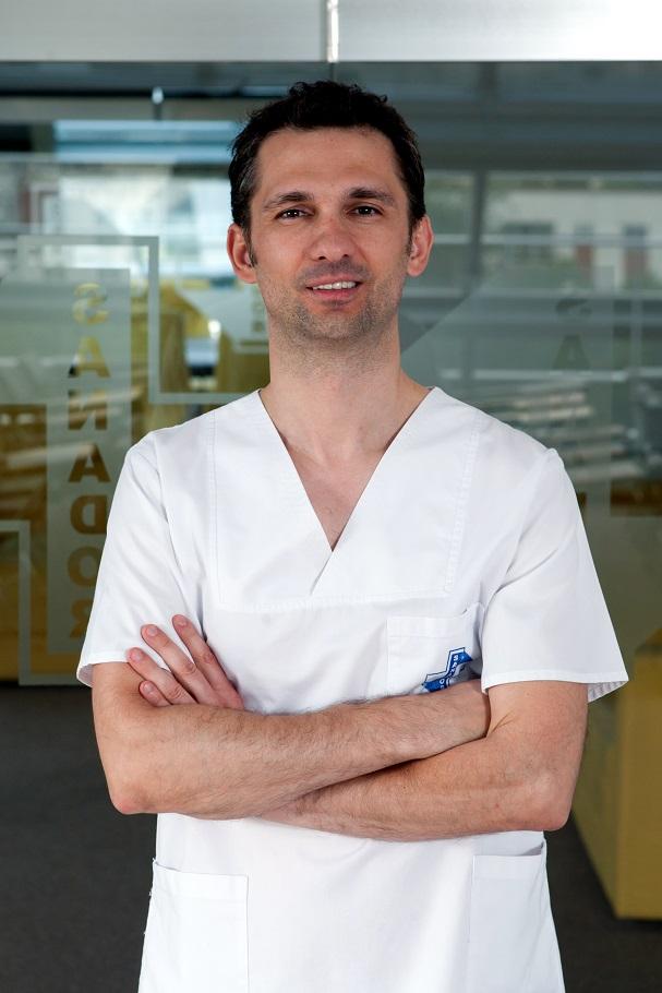 Dr. Alexandru Dinu