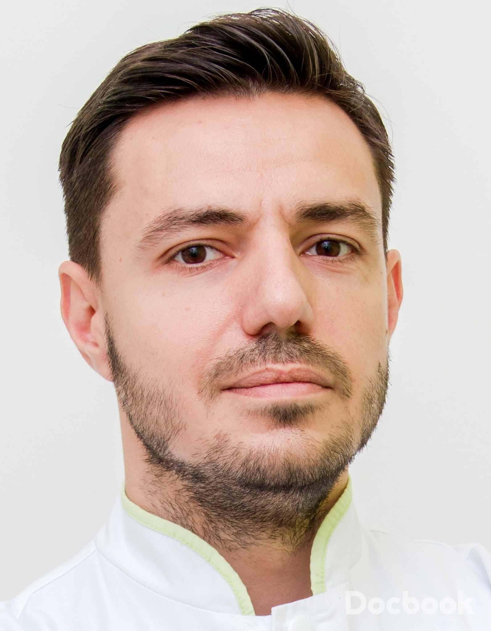 Dr.  Mateescu Tudor
