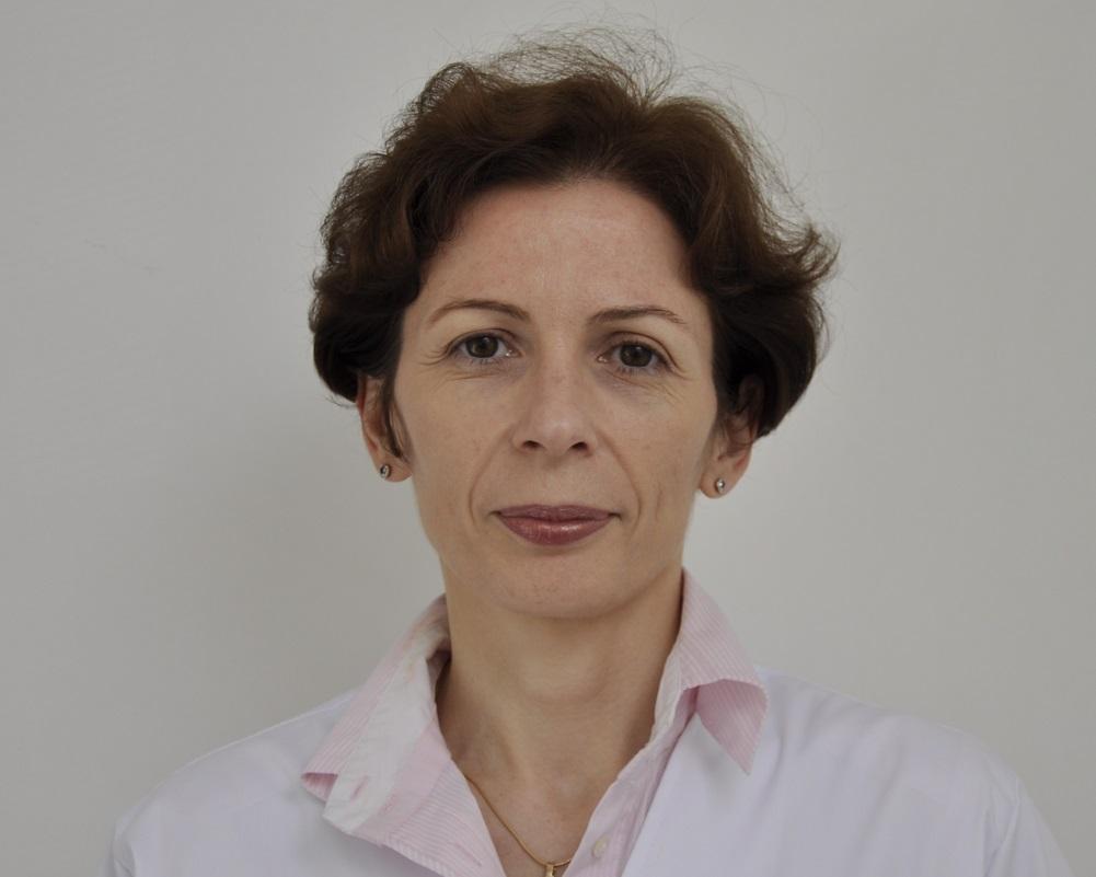 Dr. Adriana Ciuvica