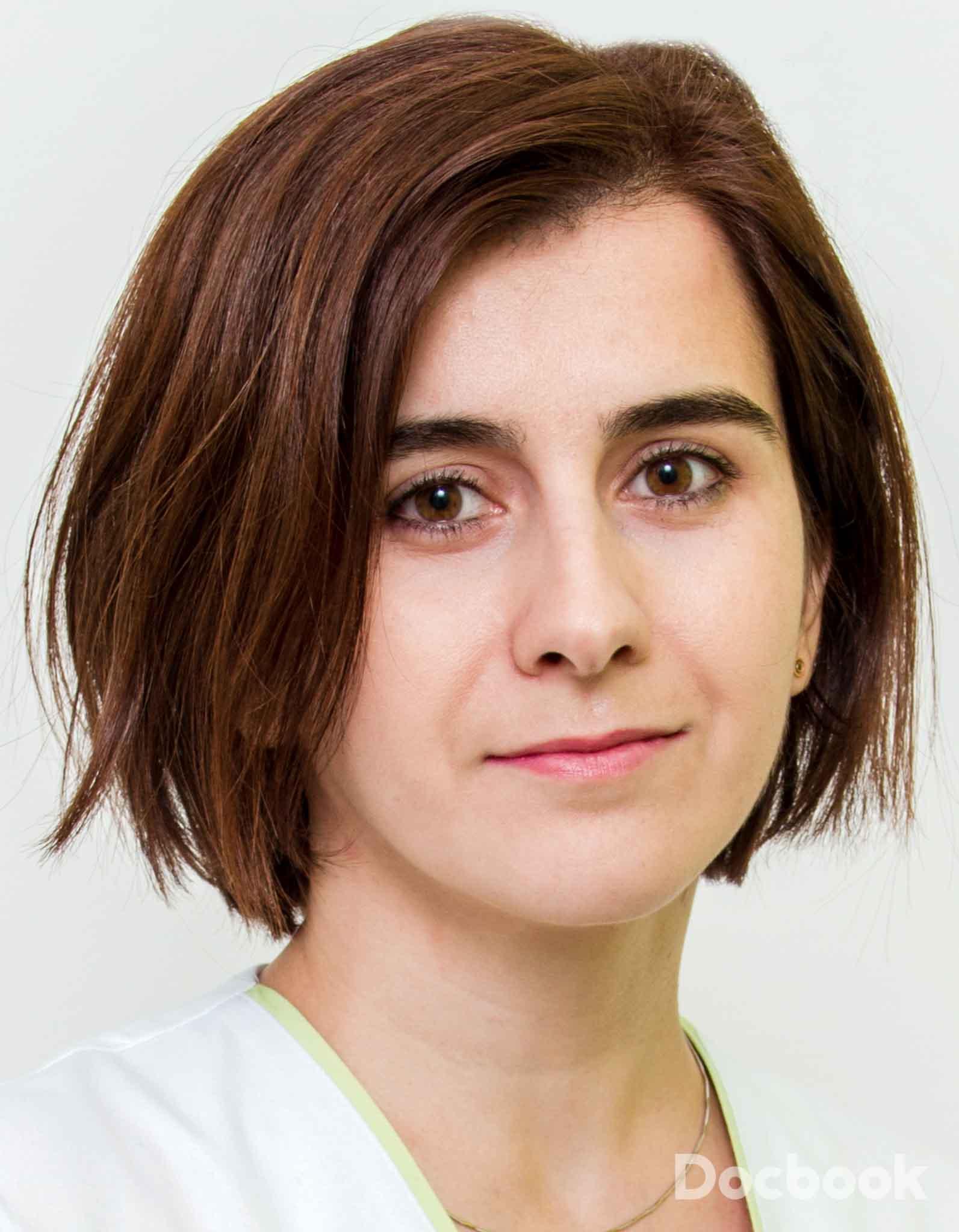 Dr.  Antohi Elena-Laura