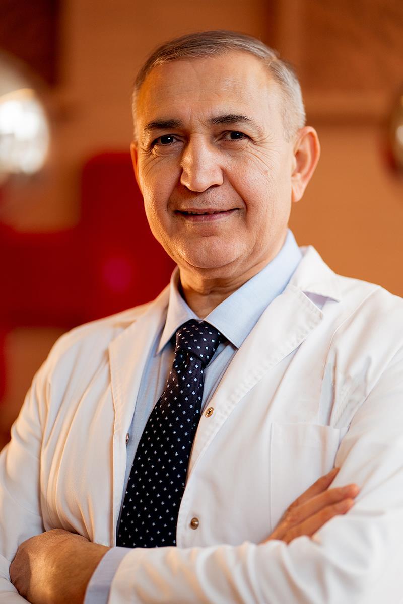 Dr. Andrei Haidar