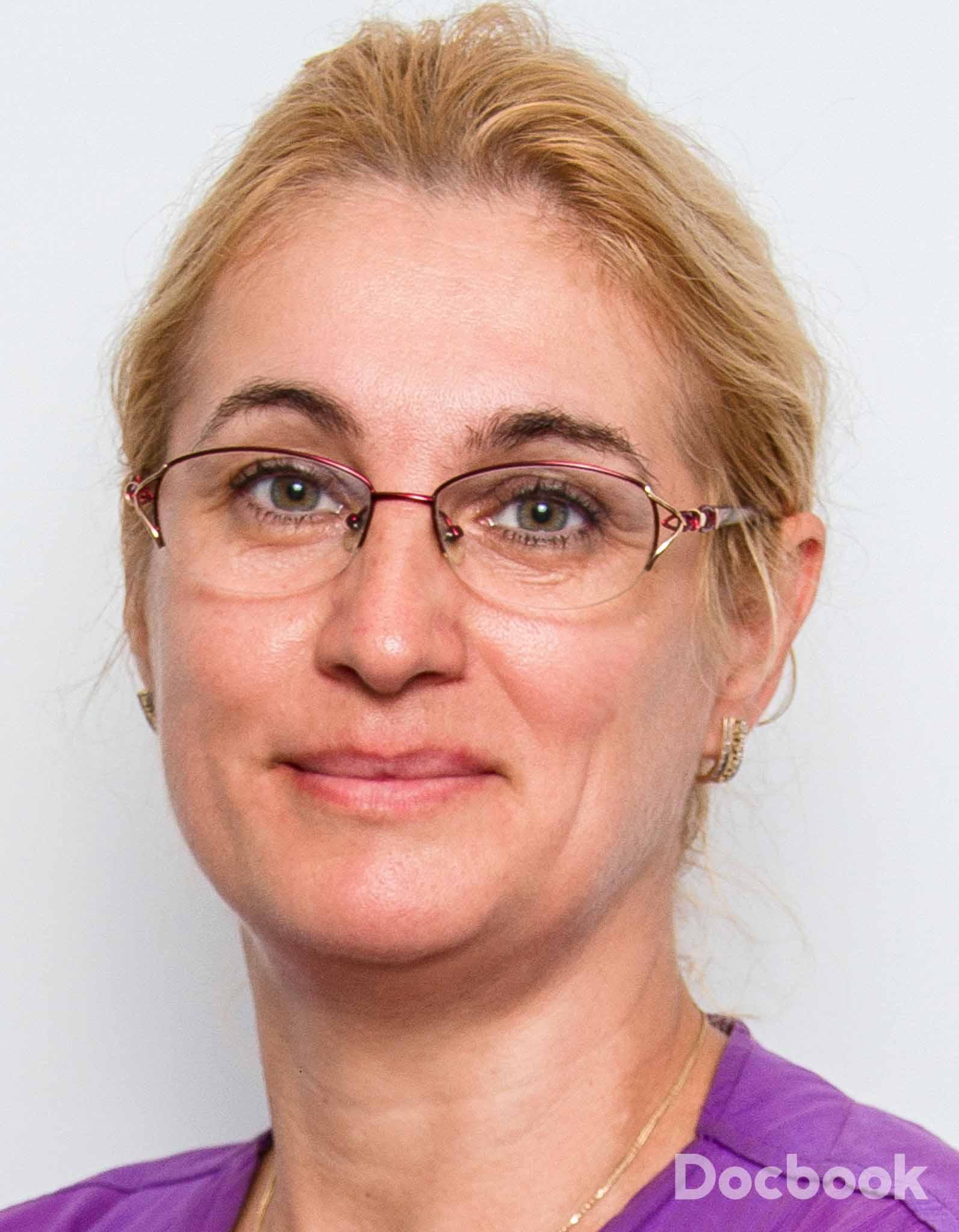 Dr. Gabriela Calota