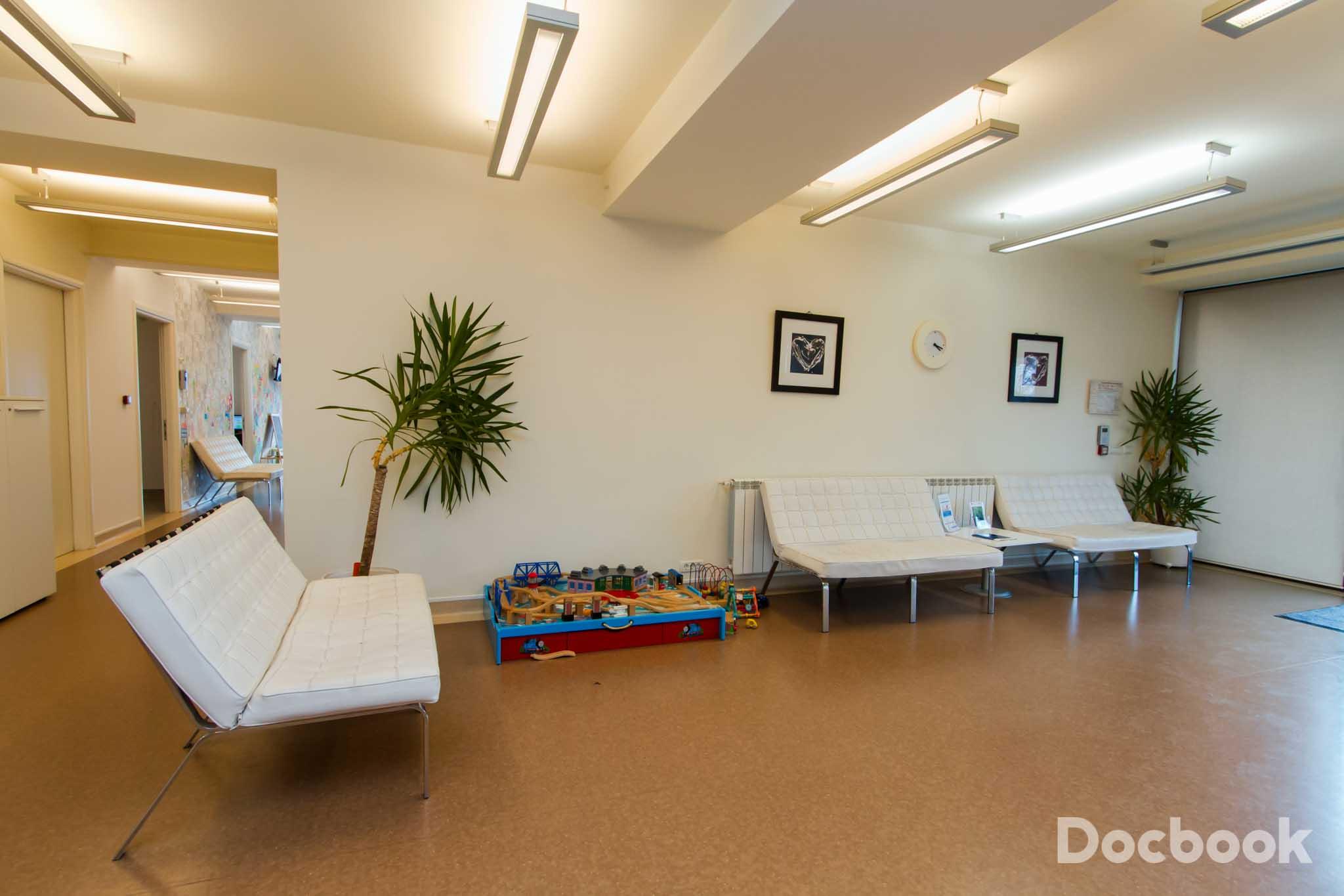 Clinica Family Clinic