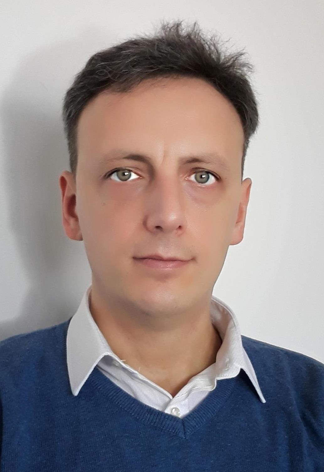 Dr. Mihai Zamfir