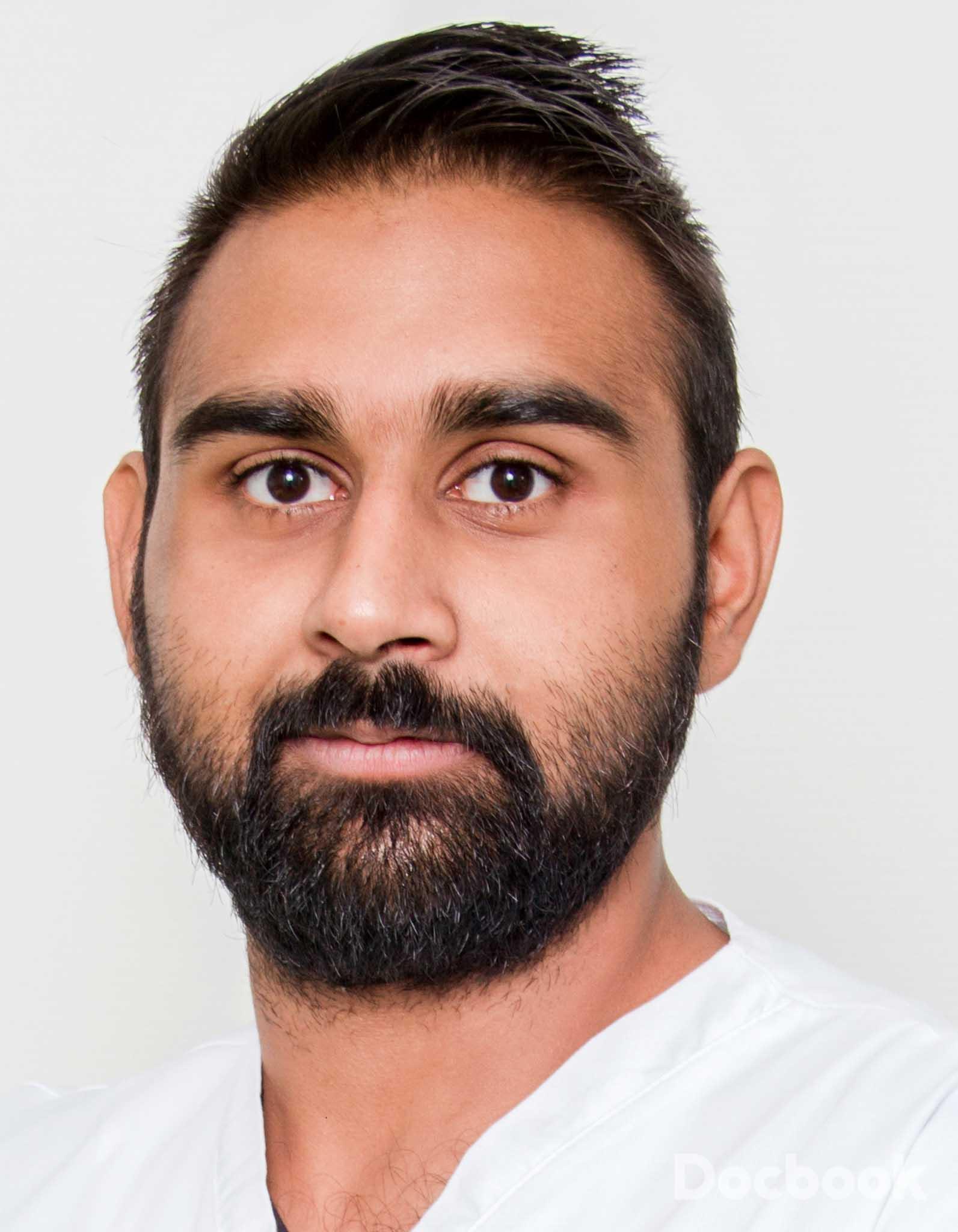 Dr.  Shamim Umar