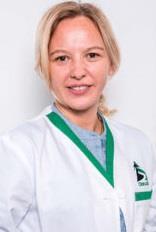Dr. Laura Panait