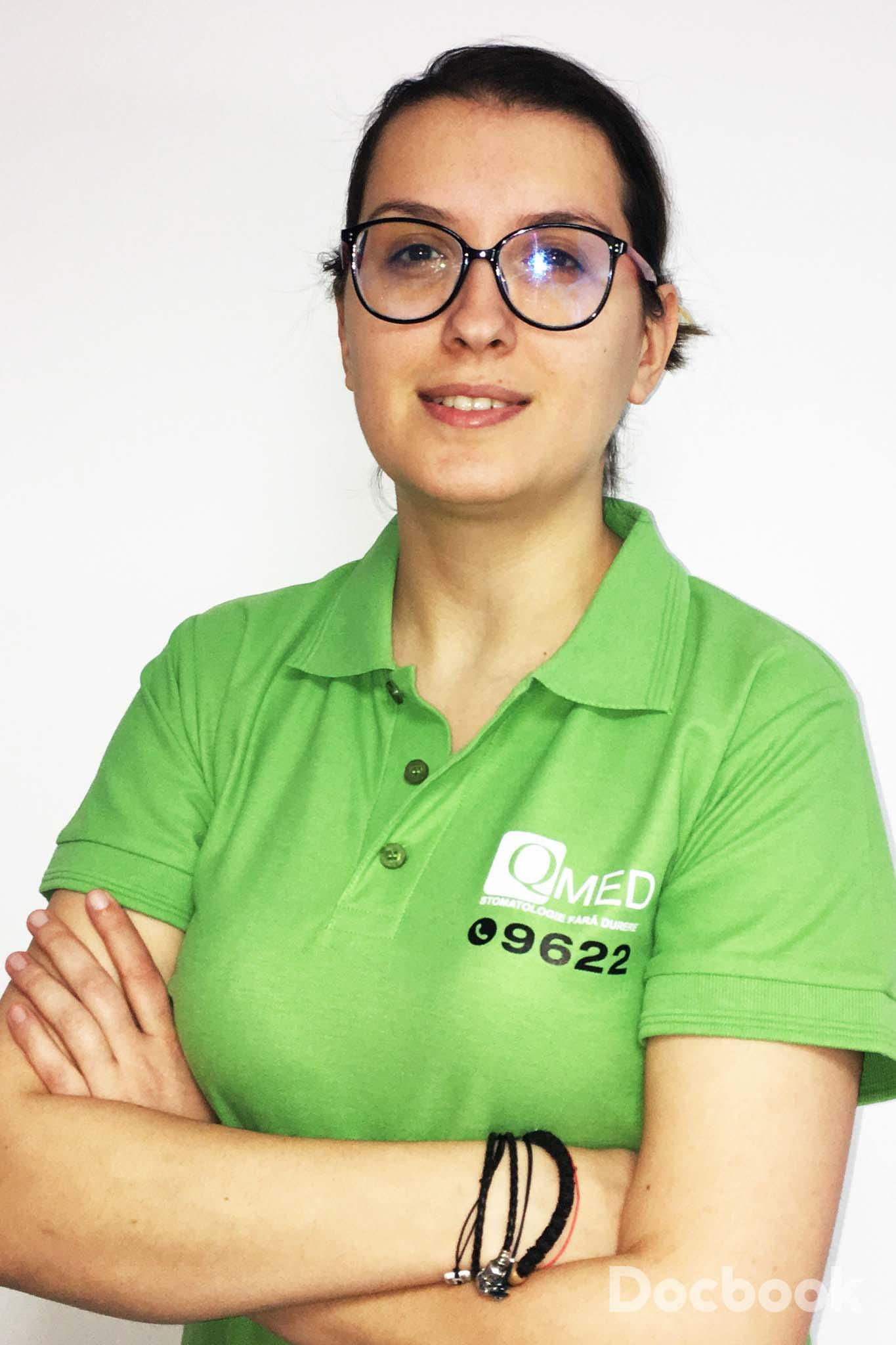 Dr. Irina Petrareanu