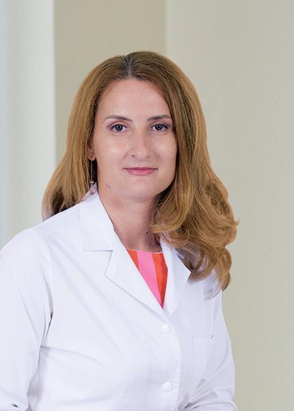 Dr. Adina-Maria Marinciu