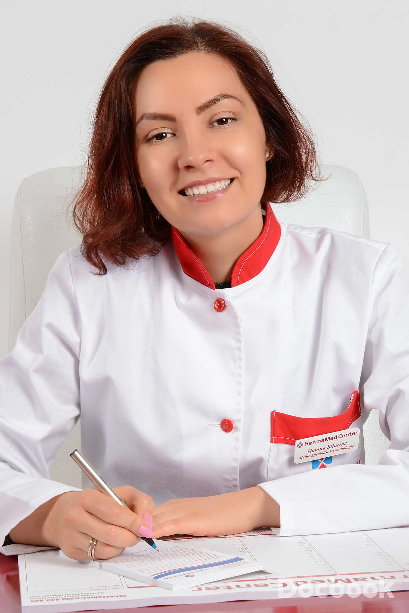 Dr. Simona Stiuriuc