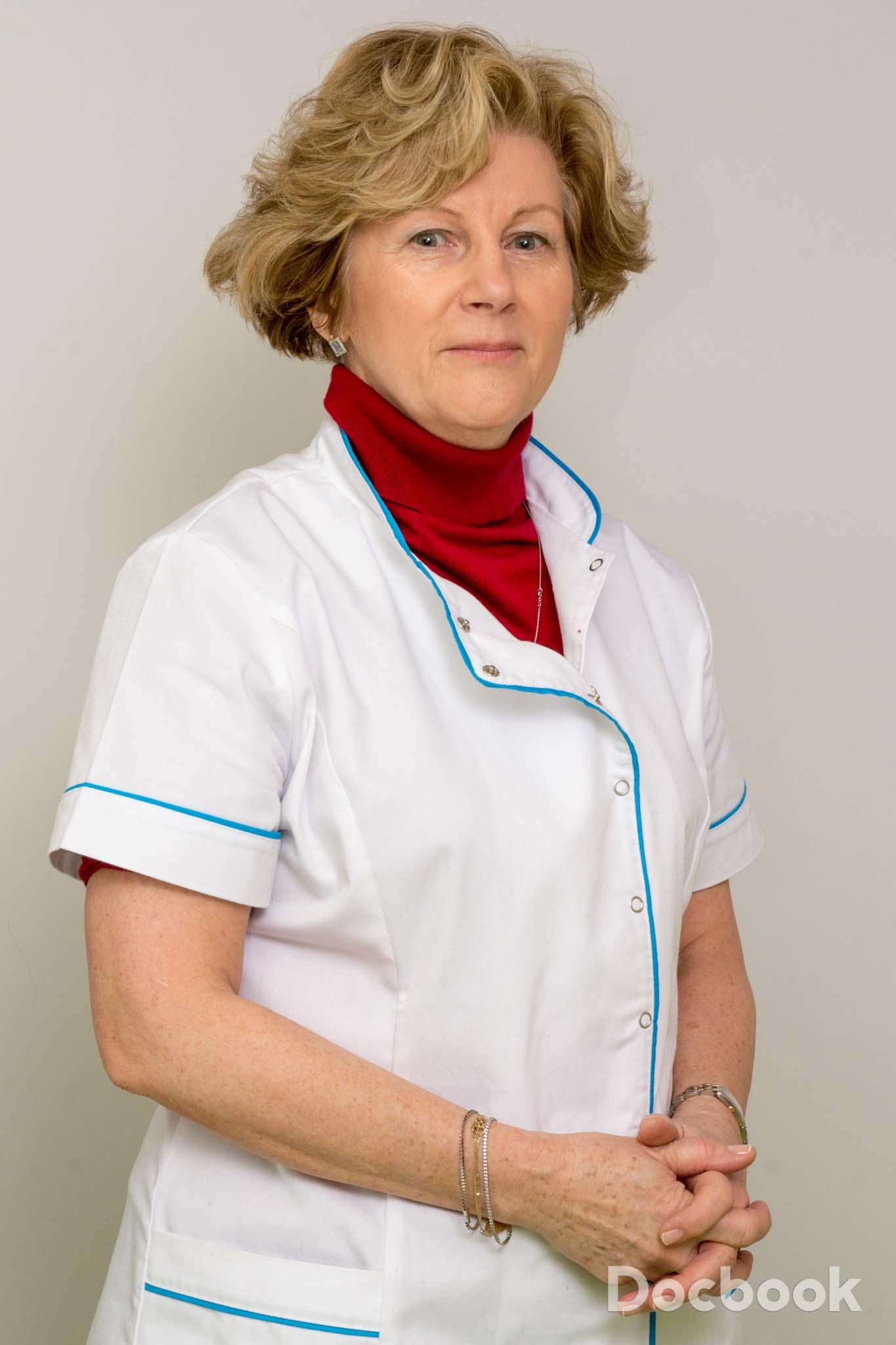 Dr. Ruxandra Vladescu