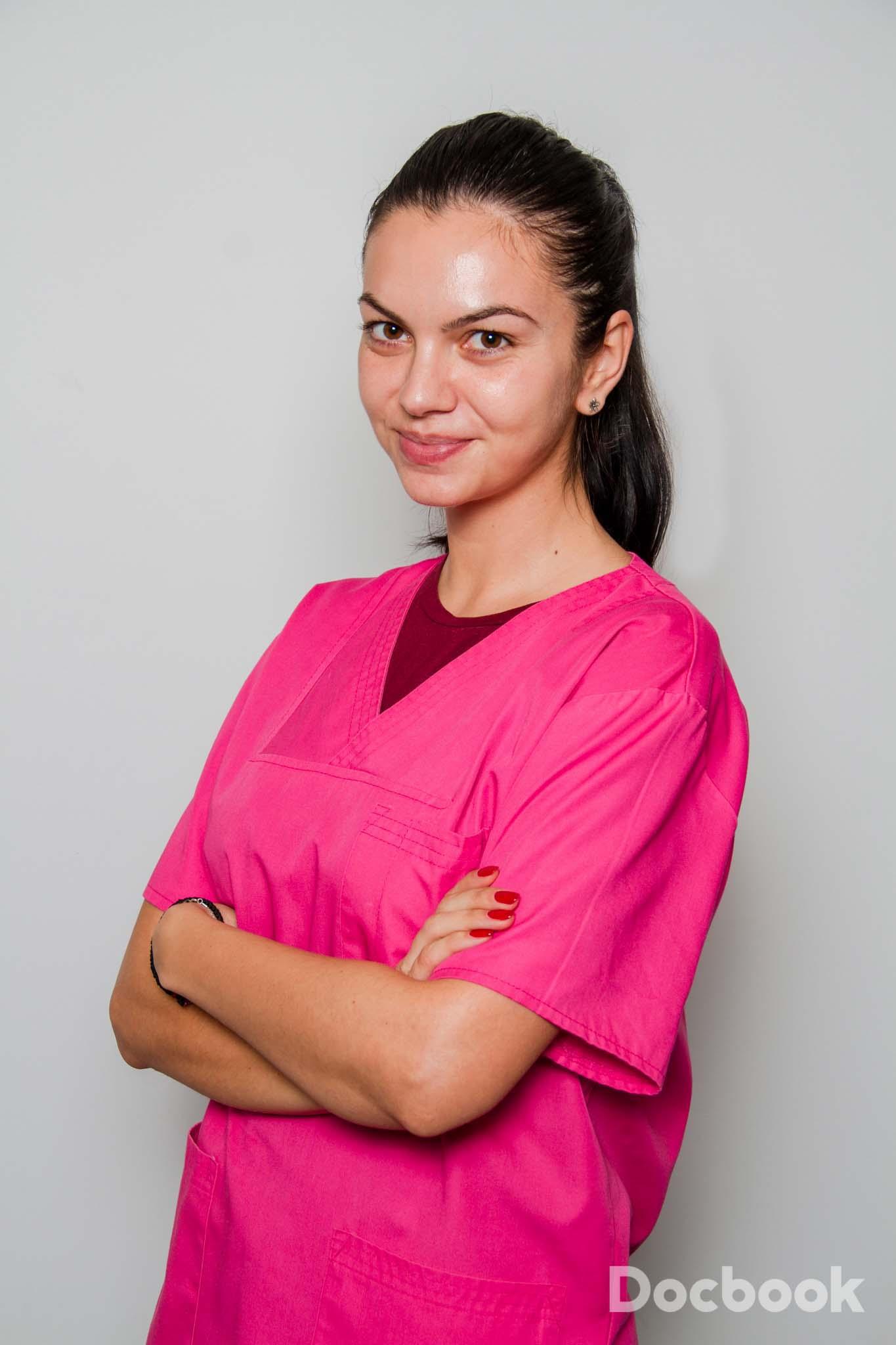 Dr. Ana Cercel