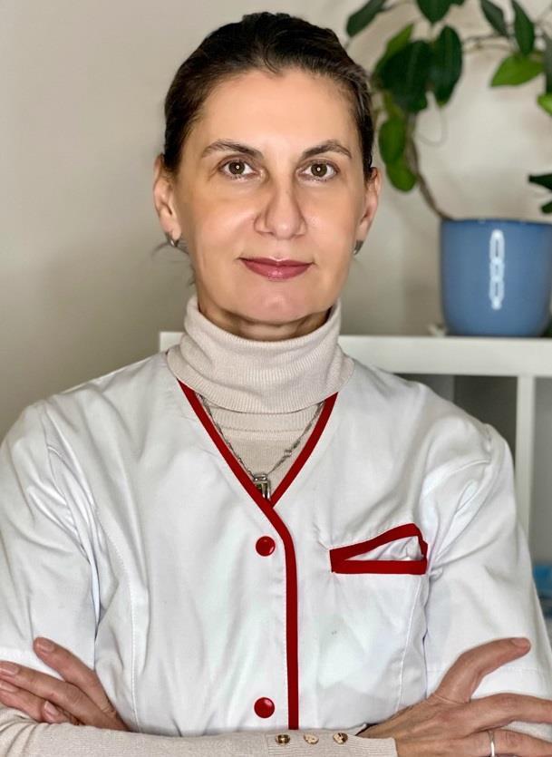 Dr. Platon Izabela