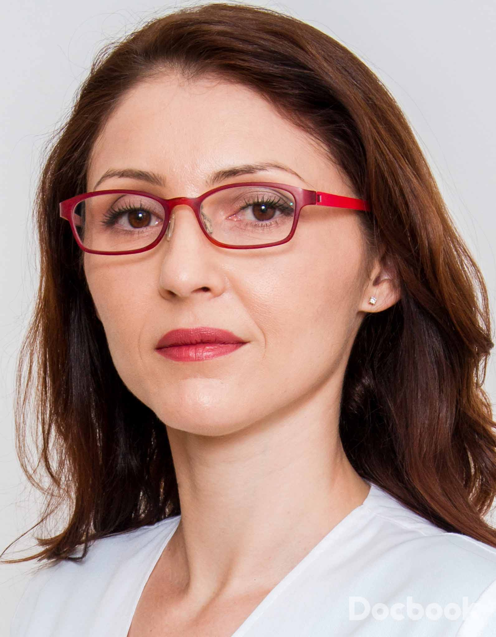 Dr. Emanuela Raluca Soare