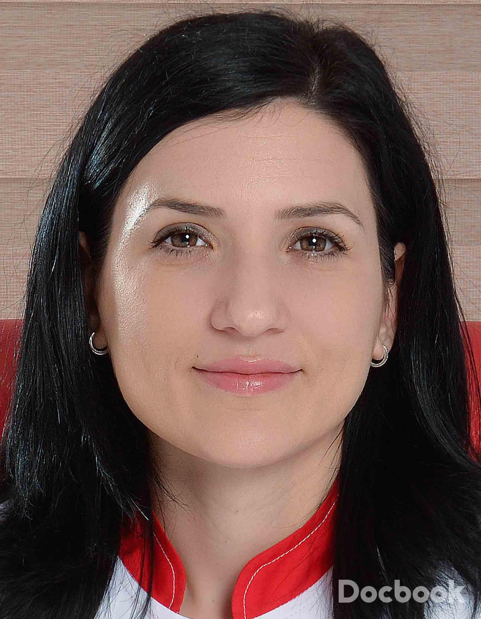 Dr. Cristina Vicol
