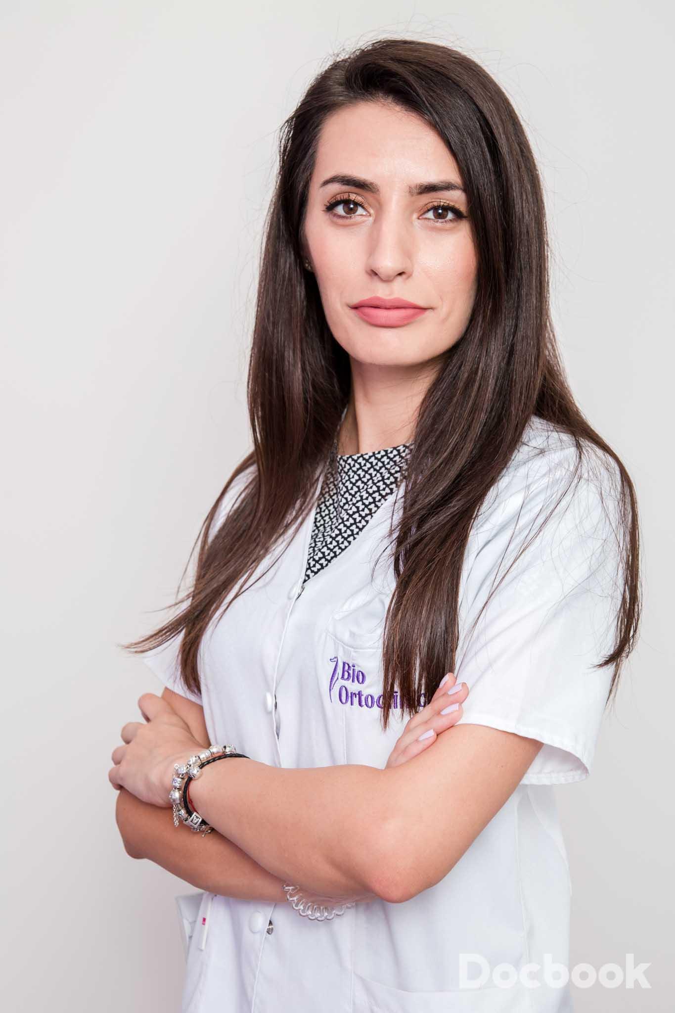 Dr. Pavel  Ana Maria