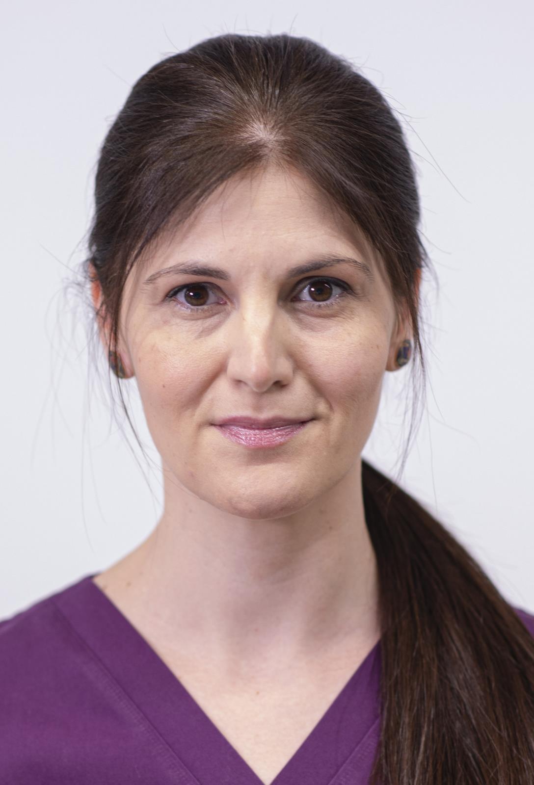 Dr. Cecilia Enescu