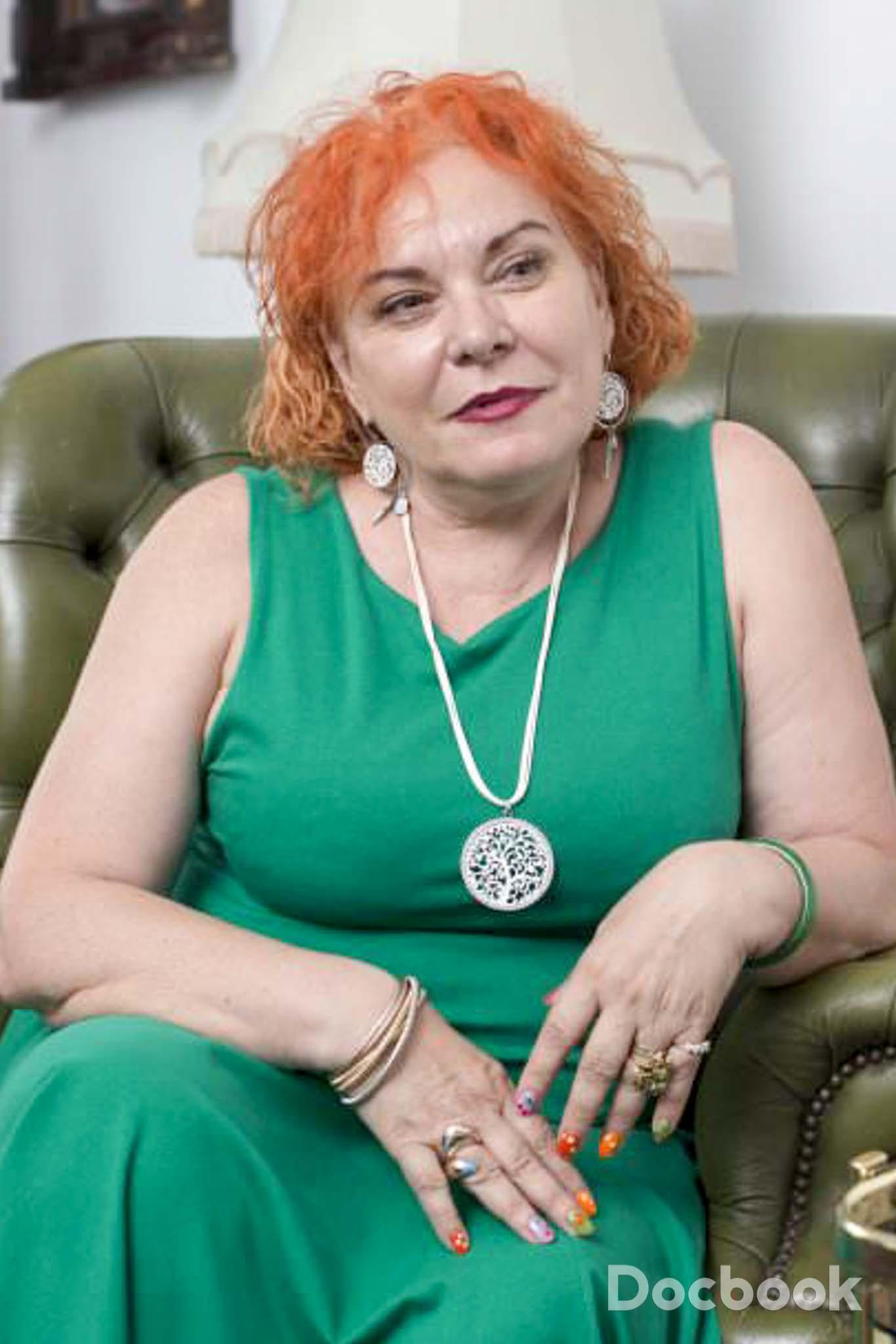 Dr. Roxana Mischianu